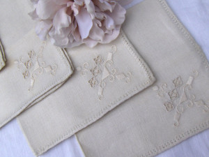 Vintage Cloth Napkin Set
